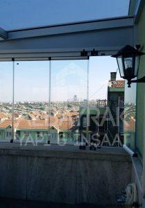 teras ustu cam kapatma 1 210x300 - Teras Üstü Cam Kapatma