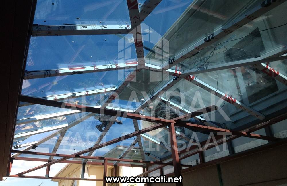 sabit cam cati sistemleri 1 - Sabit Cam Çatı Sistemleri